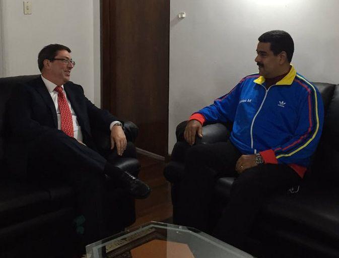 Le président Nicolas Maduro reçoit le ministre cubain des Affaires étrangères