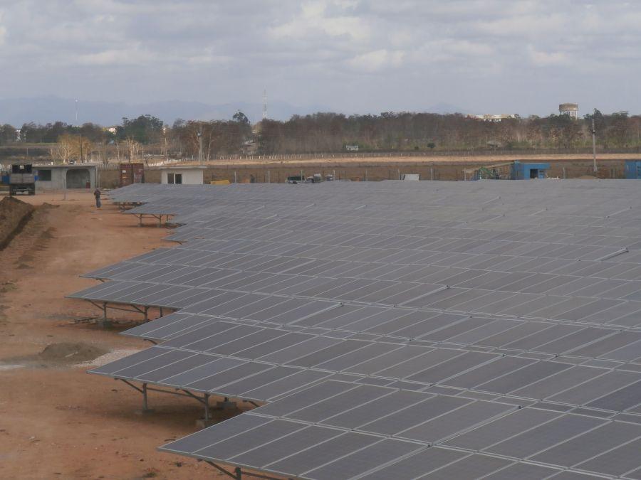 la sierpe, sancti spiritus, parque fotovoltaico, paneles solares, energia renovable