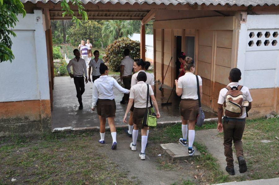 La escuela está declarada centro cultural más importante de la comunidad.