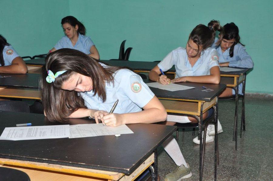 Más de 25 mil jóvenes superaron las pruebas ingreso