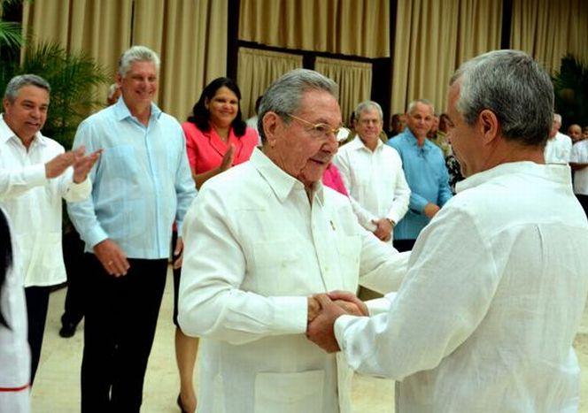 cuba, raul castro, central de trabajadores de cuba, ctc, heroes del trabajo de la republica de cuba