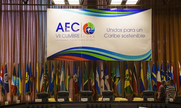 Lista la Sala del Palacio de las Convenciones donde sesionará la reunión de altos funcionarios y Cancilleres. (Fotos: Ismael Francisco/ Cubadebate)