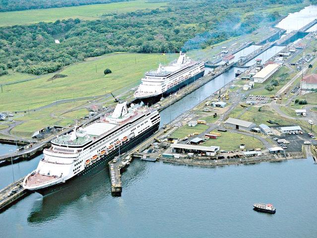 Los buques tardarán entre ocho y 10 horas en cruzar el Canal con la nueva vía.