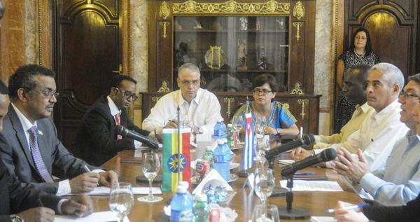 Los cancilleres coincidieron en que existen potencialidades para el desarrollo de los nexos entre Cuba y Etiopía. (Foto: ACN)
