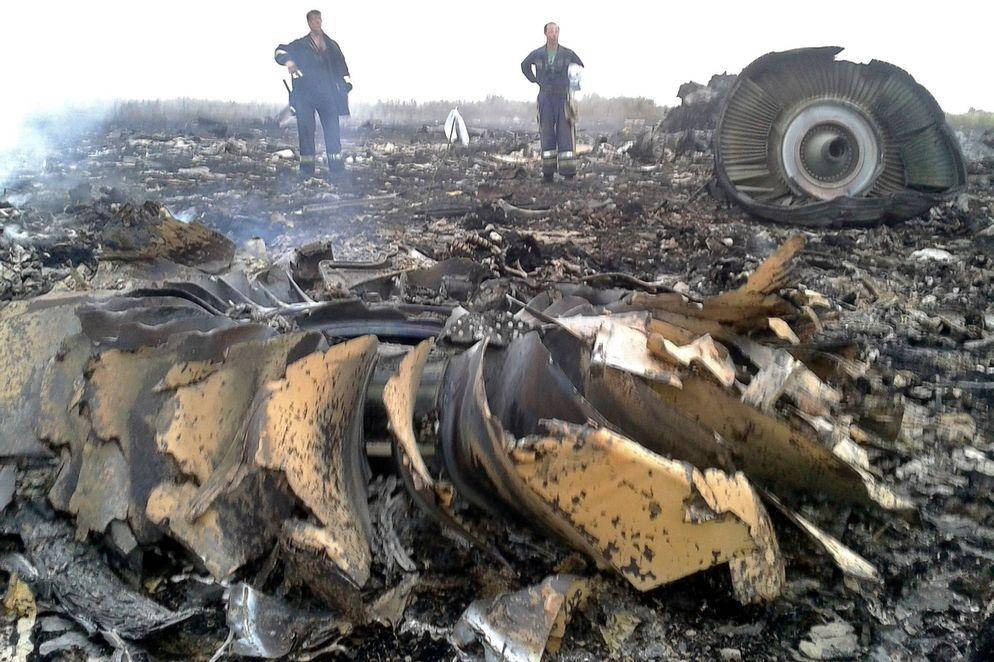Los parientes de 11 tripulantes del fatídico vuelo interpusieron una demanda en la Corte Suprema de Kuala Lumpur contra la Malaysia Airline.