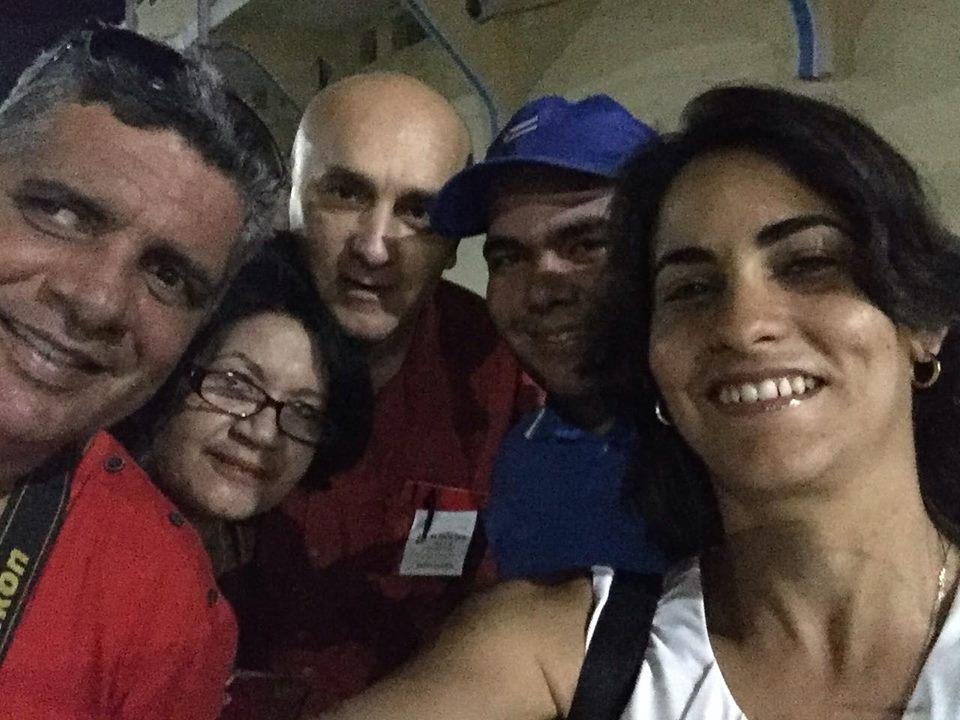El equipo de Escambray en la Plaza de la Revolución. (Foto: Marlys Rodríguez/ Escambray)