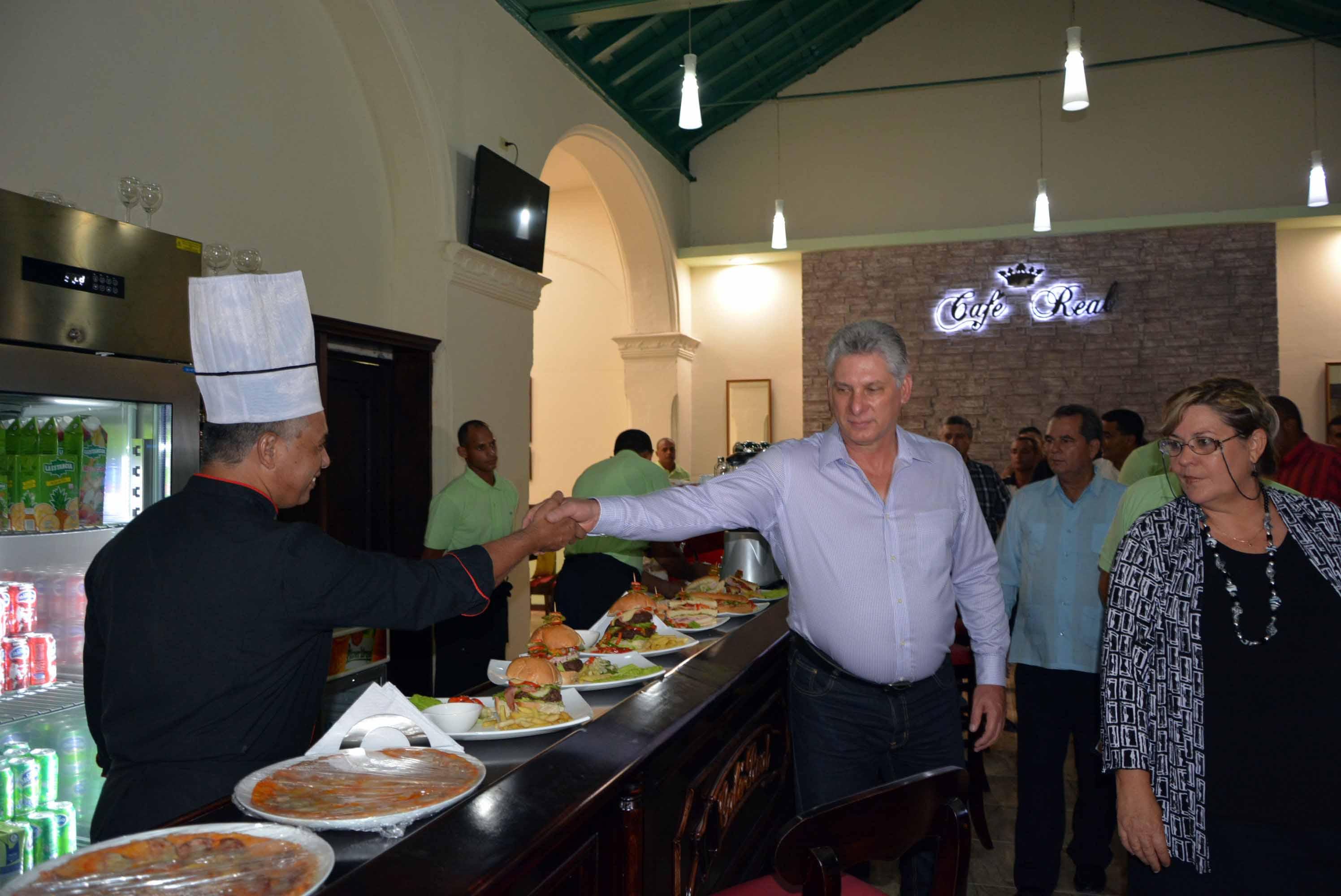 Miguel Díaz-Canel, Sancti Spíritus, Sancti Spíritus en 26, comercio, Cuba