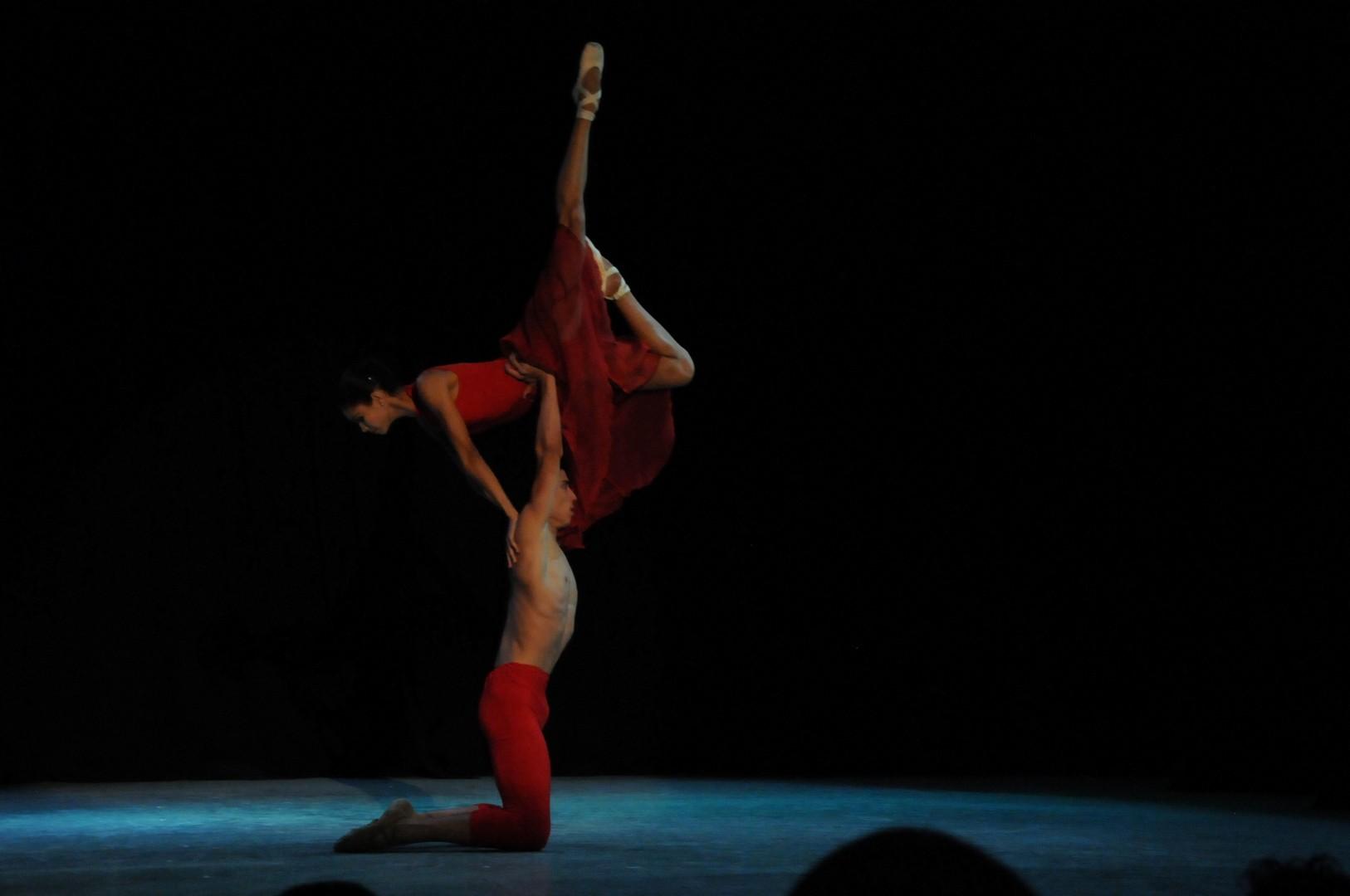 Soledad cuenta con la música del maestro Frank Fernández y la coreografía de Pedro Ruiz. (Foto: Vicente Brito/ Escambray)
