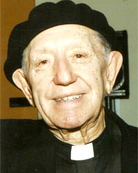 Monseñor Armando Llorente. Español, sacerdote jesuita