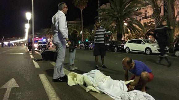 Atentado en Niza. (Foto tomada de Twitter)