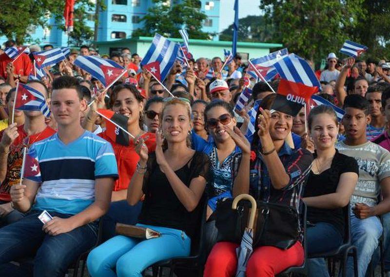 Los jóvenes fomentenses estuvieron presentes en la conmemoración. (Foto: Oscar Alfonso/ ACN)