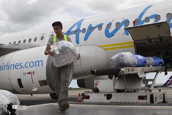 Unos 500 vuelos charter se realizan desde Estados Unidos a Cuba cada mes. (Foto: Ladyrene Pérez/ Cubadebate)