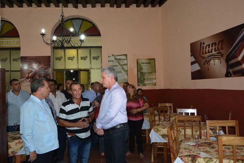 sancti spiritus en 26, comercio, gastronomia, miguel diaz-canel, 26 de julio