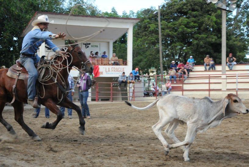 sancti spiritus, rodeo cubano, parque de ferias delio luna echemendia