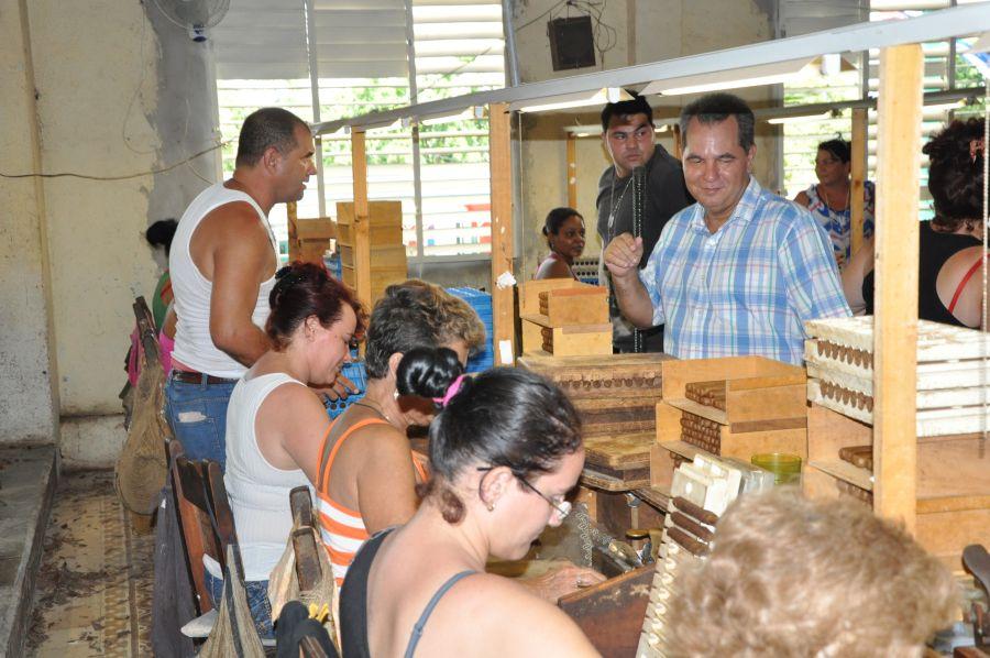sancti spiritus en 26, taguasco, fabrica de tabaco, taguasco