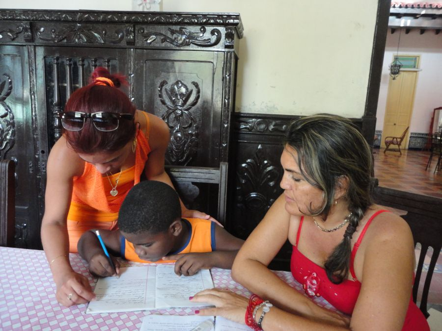 sancti spiritus en 26, educacion cubana, hogar de niños sin amparo familiar