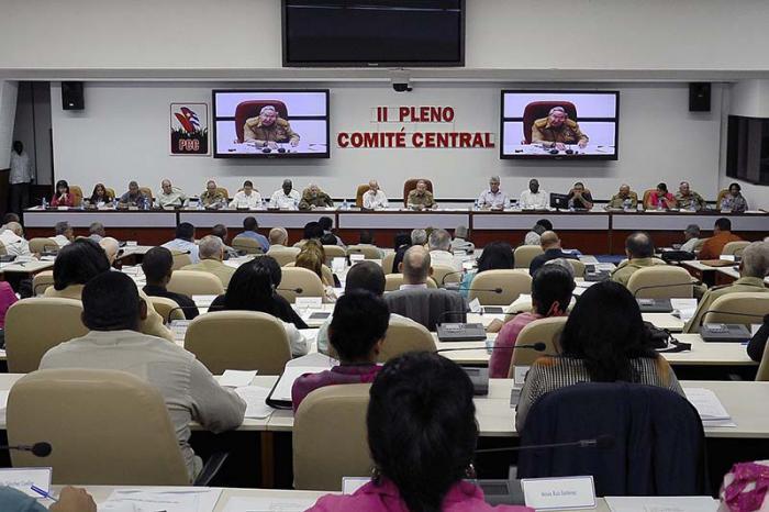 cuba, comite central del pcc, raul castro, economia cubana