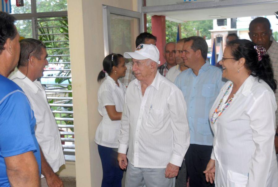 sancti spiritus en 26, jose ramon machado ventura, hospital provincial camilo cienfuegos, clinica estomatologica provincial