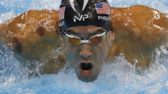 Michael Phelps logró su medalla de oro número 21 en citas olímpicas.