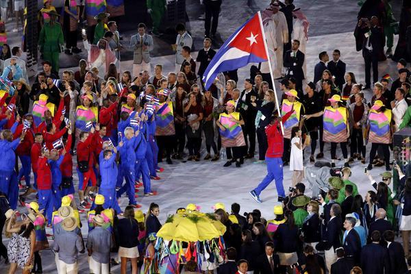 Desfile de la delegación de Cuba en la ceremonia de apertura de los Juegos Olímpicos de Río de Janeiro 2016. (Foto: ACN)