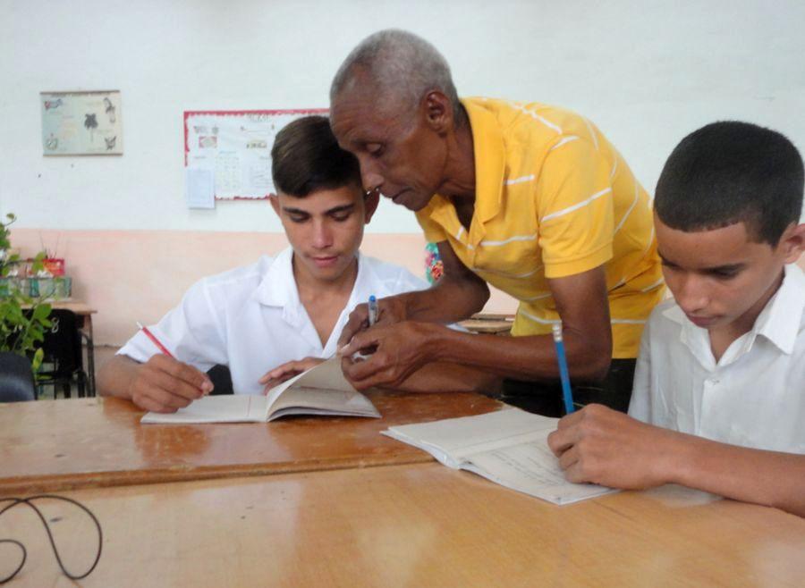 sancti spiritus, educacion cubana, alfabetizacion, fidel castro