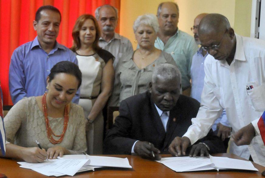 cuba, ecuador, parlamento cubano, esteban lazo