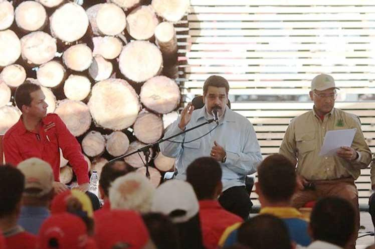 Maduro confirmó que durante su gestión el Ejecutivo se esforzará  por aumentar aún más el alcance de las acciones de la Revolución Bolivariana.