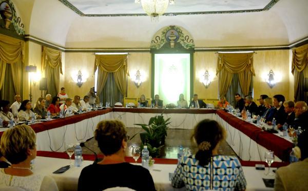 Encuentro entre  procuradores de EE.UU. y representantes de la Fiscalía General de la República de Cuba. (Foto: ACN)
