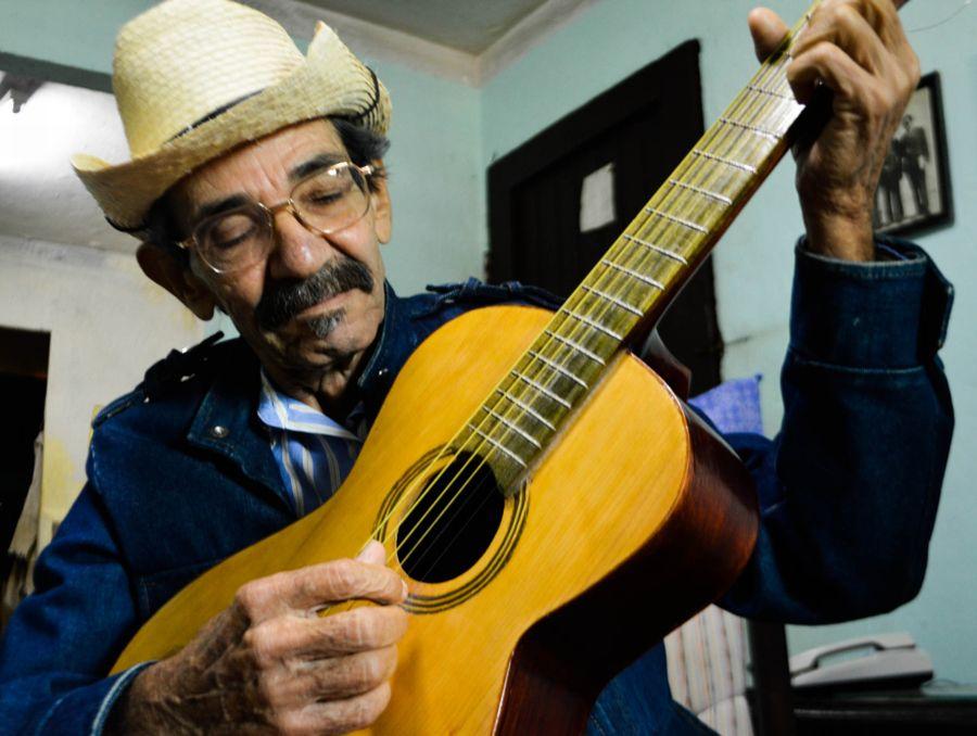 sancti spiritus, repentista, musica cubana, trinidad