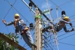 El mejoramiento de las redes de distribución, es tarea permanente para hacer realidad la eficiencia energética, en Sancti Spíritus. (Foto: ACN)
