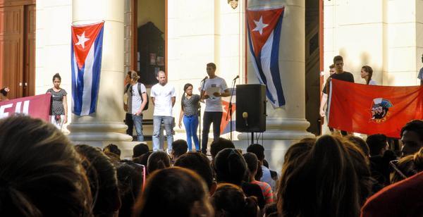Mitin Estudiantil en la Universidad de La Habana. (Foto: ACN)