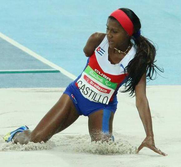 La cubana Yunidis Castillo gana medalla de plata en salto de longitud en las pruebas de Atletismo, en los XV Juegos Paralímpicos de Río de Janeiro. (Foto: ACN)