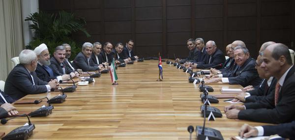 Raúl y el Dr. Hasan Rohani encabezaron las conversaciones oficiales entre Cuba e Irán. (Foto: Ismael Francisco / Cubadebate)