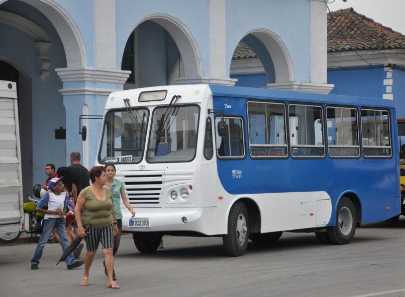 sancti spiritus, omnibus dianas, transporte urbano