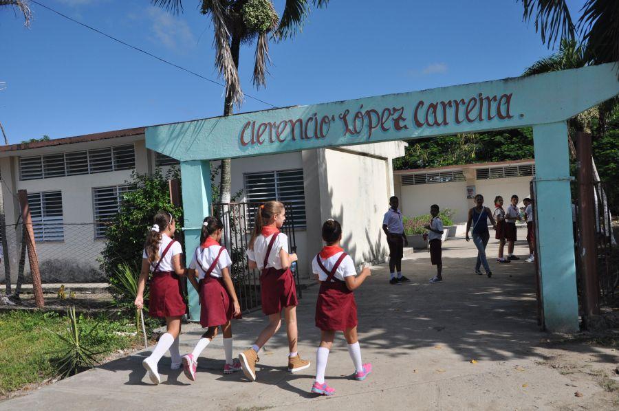 sancti spiritus, cdr, comite de defensa de la revolucion, comunidad