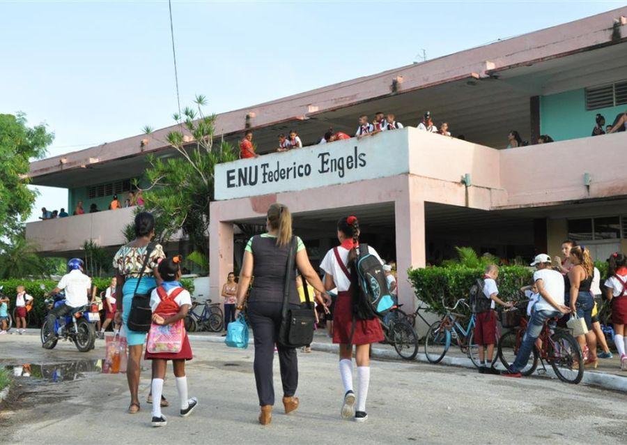 sancti spiritus, curso escolar, educacion