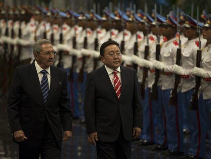 cuba, mongolia, raul castro, presidente de mongolia