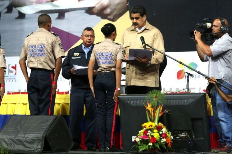 Maduro destacó la labor de los cuerpos de seguridad en los últimos días, en medio de los actos delictivos desarrollados por el sector opositor. (Foto: PL)
