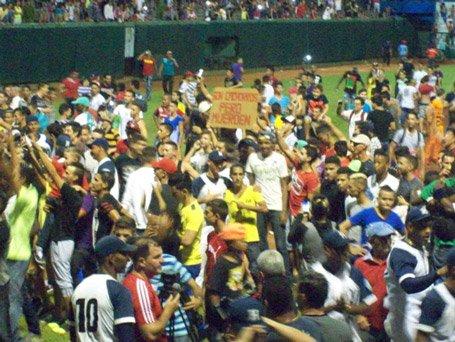 Los estadios sí se llenan, aun con equipos que no son, ni por asomo, los más mediáticos. (Fotos: Luis Mario Rodríguez / Ahora)