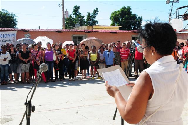 Voces femeninas criticaron las consecuencias del bloqueo estadounidense en diferentes ramas como la Salud Pública y la Educación. (Foto: Vicente Brito / Escambray)