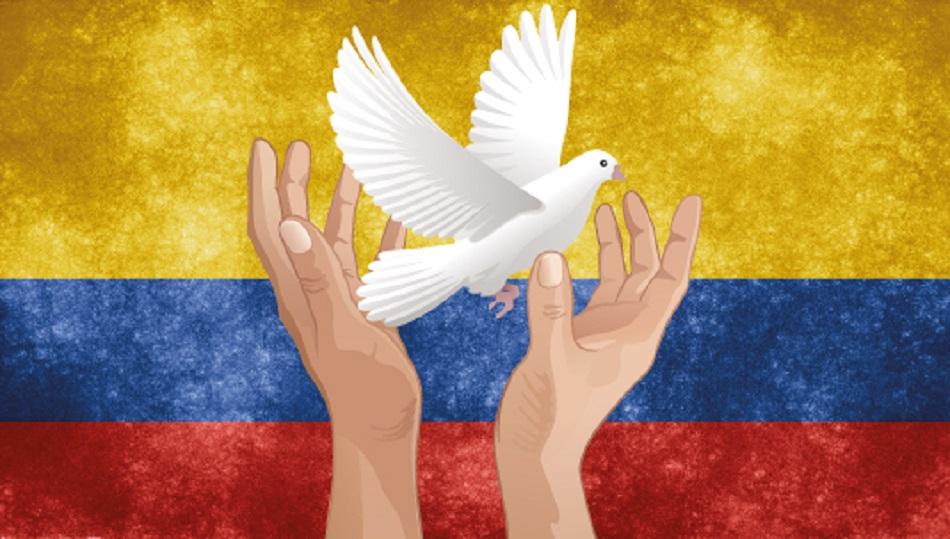 'Hay insensatos que reivindican el boicot a la paz, porque son beneficiarios de la industria de la guerra. Paz para Colombia', aseguró Correa.
