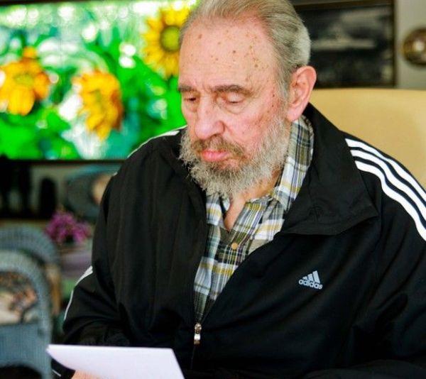 El académico francés Paul Estrade consideró que Fidel merece los  Premios Nobel de la Paz y de Economía. (Foto Alex Castro)