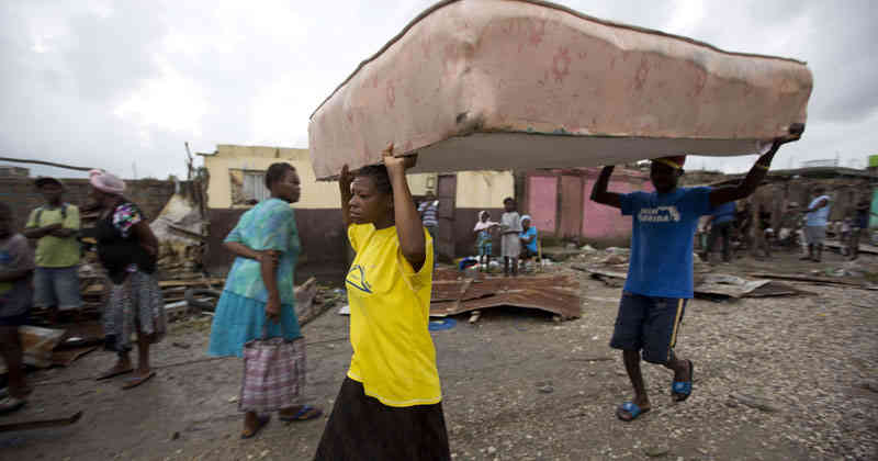 Más de 120 mil familias perdieron sus casas en Haití tras el paso de Matthew.