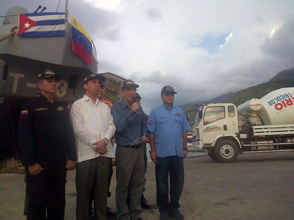 Arreaza indicó que el cargamento de 375 toneladas arribará a Santiago de Cuba en unos cuatro días. (Foto: TeleSUR)