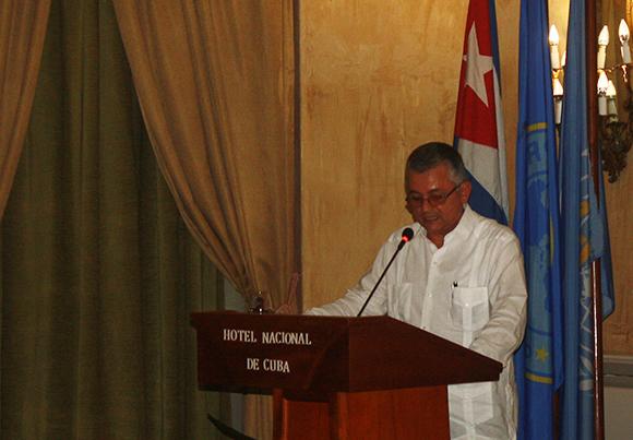 Alfedo González, viceministro de Salud Publica de Cuba, durante la clausura de la primera Reunión Regional para la Estrategia de Vigilancia y Control de las arbovirosis. (Foto: Cubadebate)