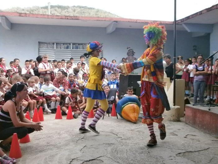 sancti spiritus, cultura, instructores de arte, brigada jose marti