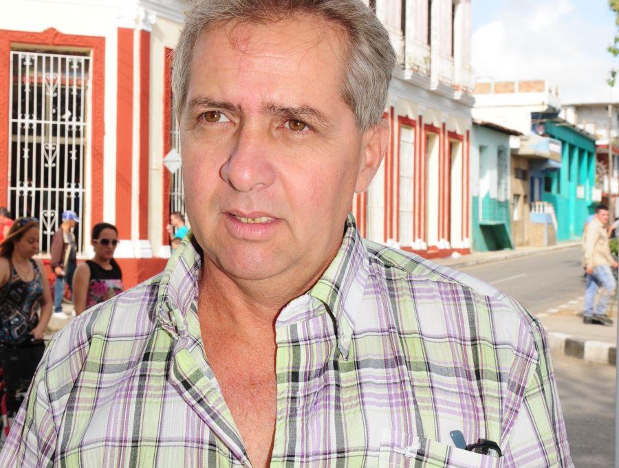 fidel castro, lider de la revolucion cubana, revolucion cubana, comandante en jefe