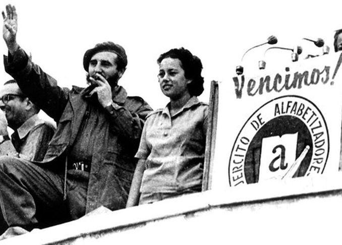 fidel castro, lider historico de la revolucion cubana, comandante en jefe, alfabetizacion