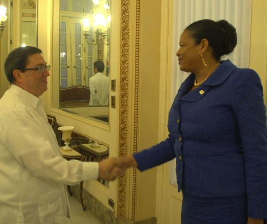 El canciller Bruno Rodríguez recibió a la Secretaria General de la Asociación de Estados del Caribe,  June Soomer.