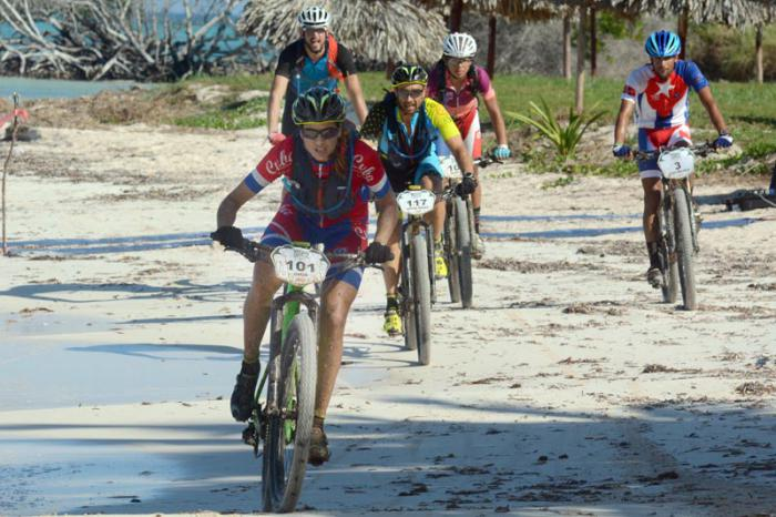 La última etapa de 70 kilómetros se corrió entre Viñales y la playa Cayo Jutía, en el occidente de Cuba.